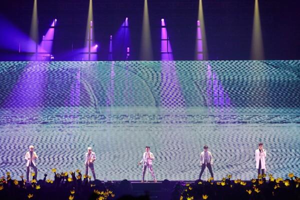BIGBANG World Tour MADE (2)