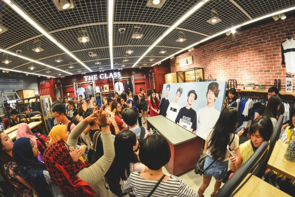 CNBLUE_The_Class_Malaysia_Meet_Greet_Mid_Valley (29)