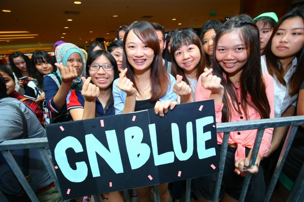 CNBLUE_The_Class_Malaysia_Meet_Greet_Mid_Valley (34)