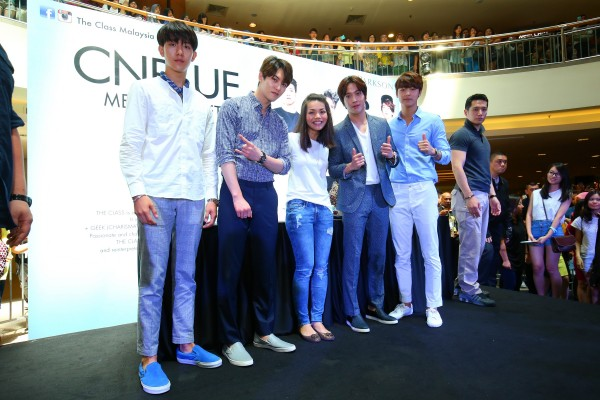 CNBLUE_The_Class_Malaysia_Meet_Greet_Mid_Valley (44)