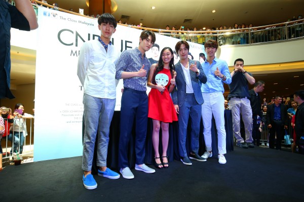CNBLUE_The_Class_Malaysia_Meet_Greet_Mid_Valley (45)