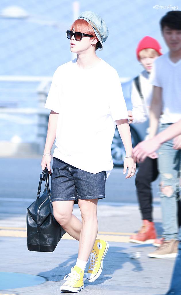 ผลการค้นหารูปภาพสำหรับ jimin @ incheon airport