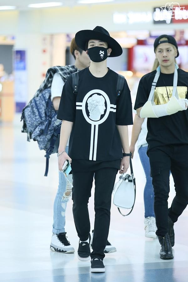 GOT7 Youngjae Gimpo airport to China