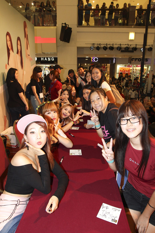 CLC fan sign