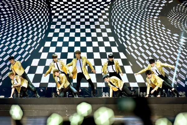 EXO performing Overdose