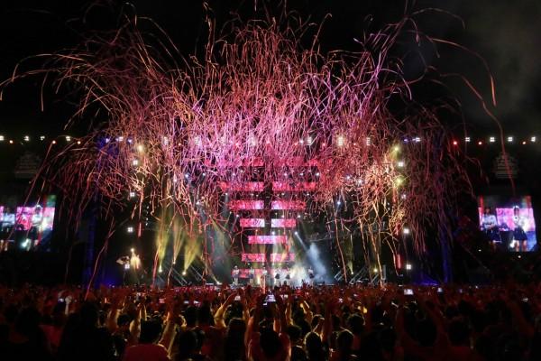 Apink performs at MTV Music Evolution Manila 2016 on 24 Jun Pic 5 (Credit-MTV Asia&Kris Rocha)