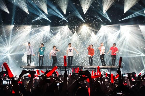 iKON iKONCERT Showtime Tour in Malaysia (1)