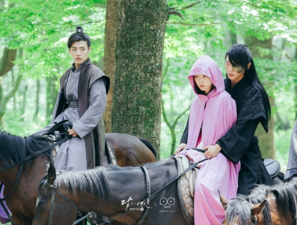 one-scarlet-heart-images-1