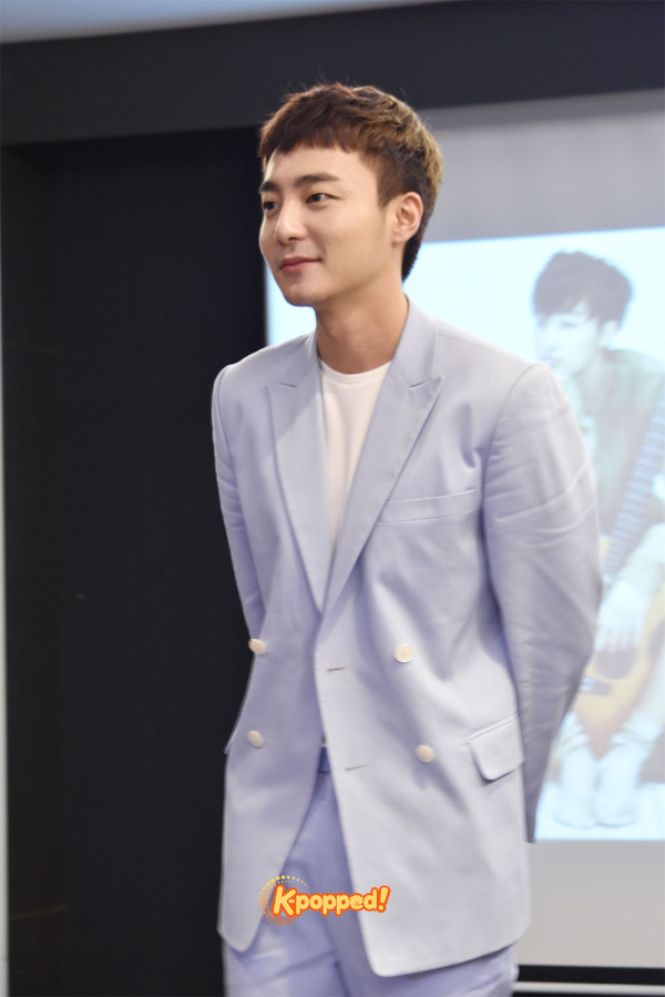 Roy Kim in Malaysia Press Conference (4)