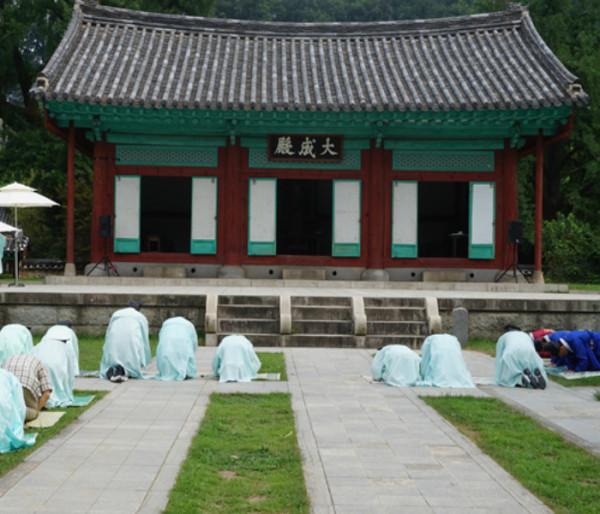 jeonju-hyanggyo-confucian-school-1