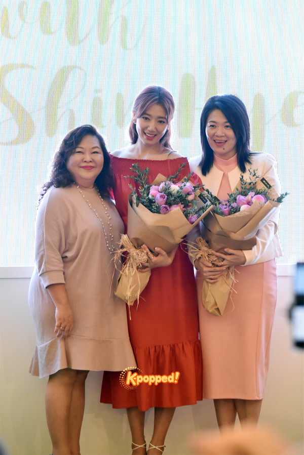 http://k-popped.com/kpopped2012/wp-content/uploads/2016/10/Park-Shin-Hye-in-Malaysia-3-600x899.jpg