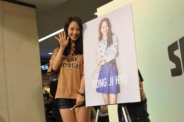 song-ji-hyo-in-malaysia-6